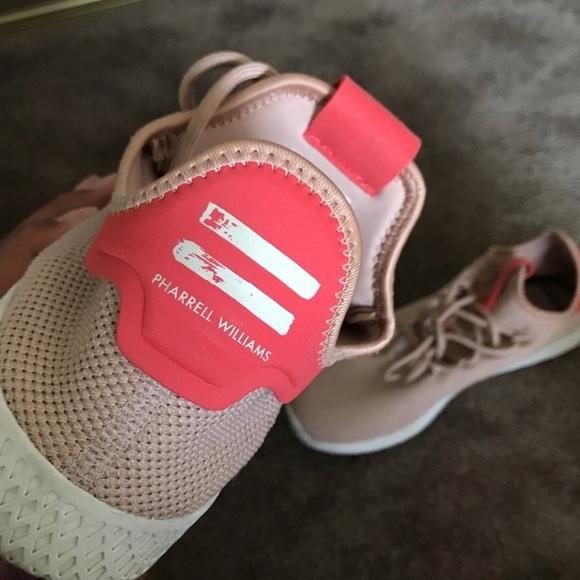 Sneakers Hu X Shoes Pharrell Williams Poshmark Adidas TPqaIXwZq 1b1f3913a8b